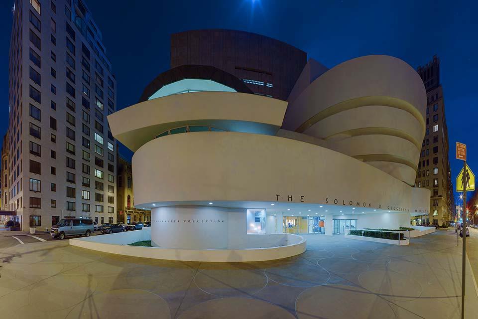 Acquista uno dei voli Napoli New York e visita il Guggenheim Museum