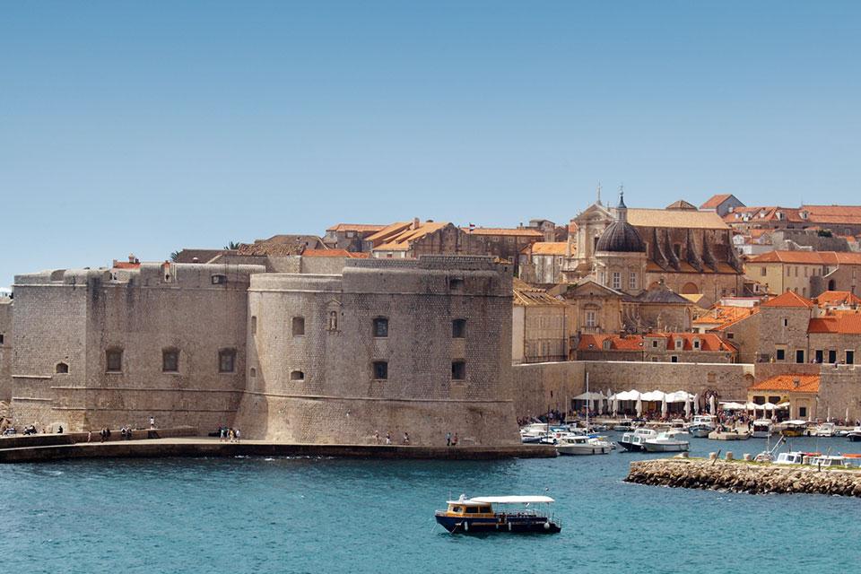 acquista uno dei voli Napoli Dubrovnik dall'aeroporto di napoli