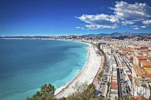acquista uno dei voli Napoli Nizza dall'aeroporto di napoli